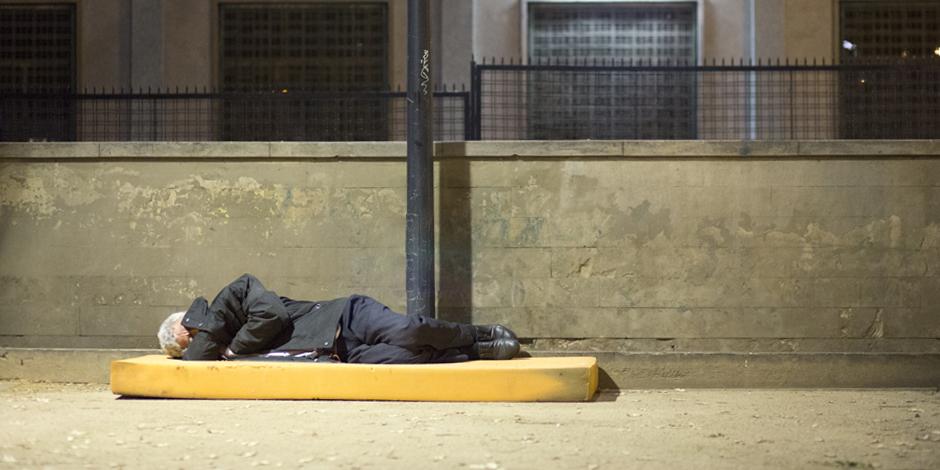 Cinc ciutats europees fan censos de persones que dormen al carrer